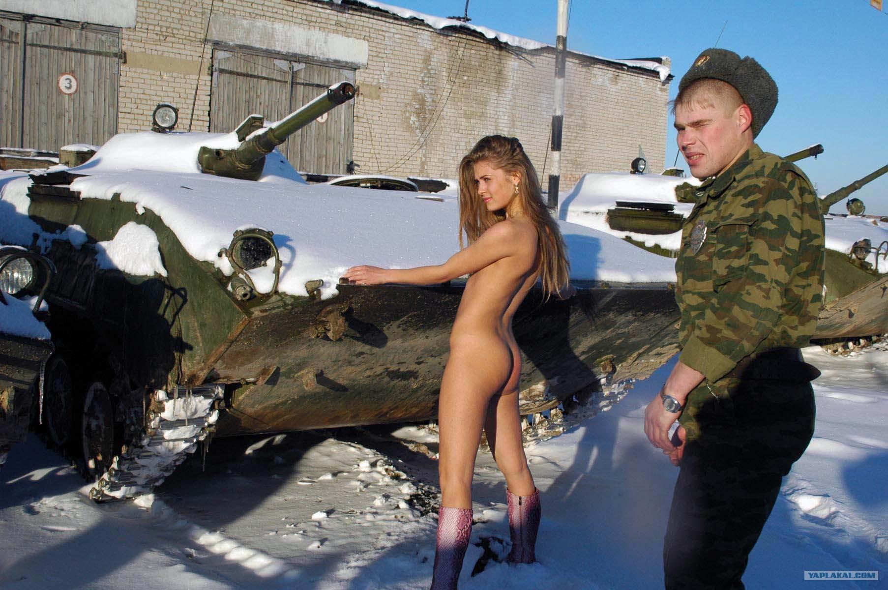 devushki-iz-armii-eroticheskie-foto