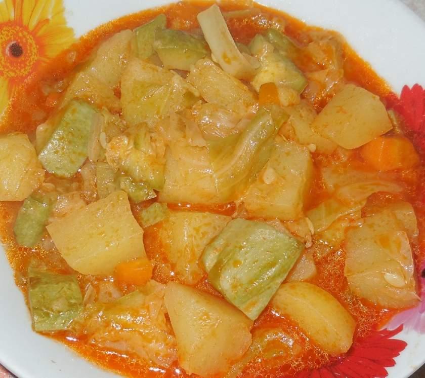 Овощное рагу с кабачками и картошкой и с капустой рецепт с пошагово