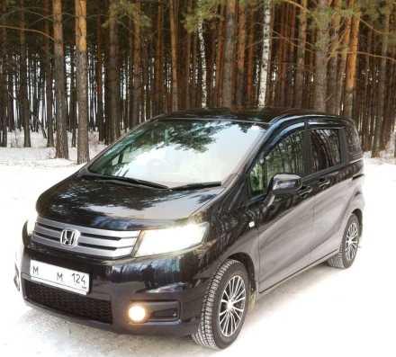 Honda Freed Spike 2012 в Челябинске, подогрев