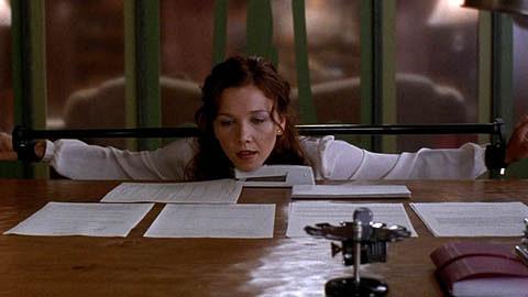 Secretary (2002 film) - Wikipedia