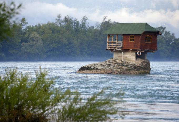 Дом на берегу океана в остров Фессалия