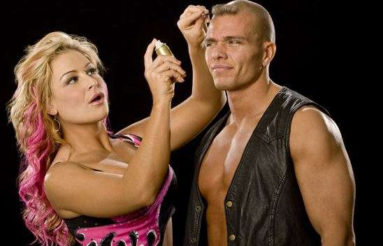 Whos dating who wwe