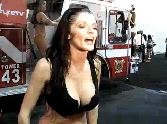 Wild Naked Pussy