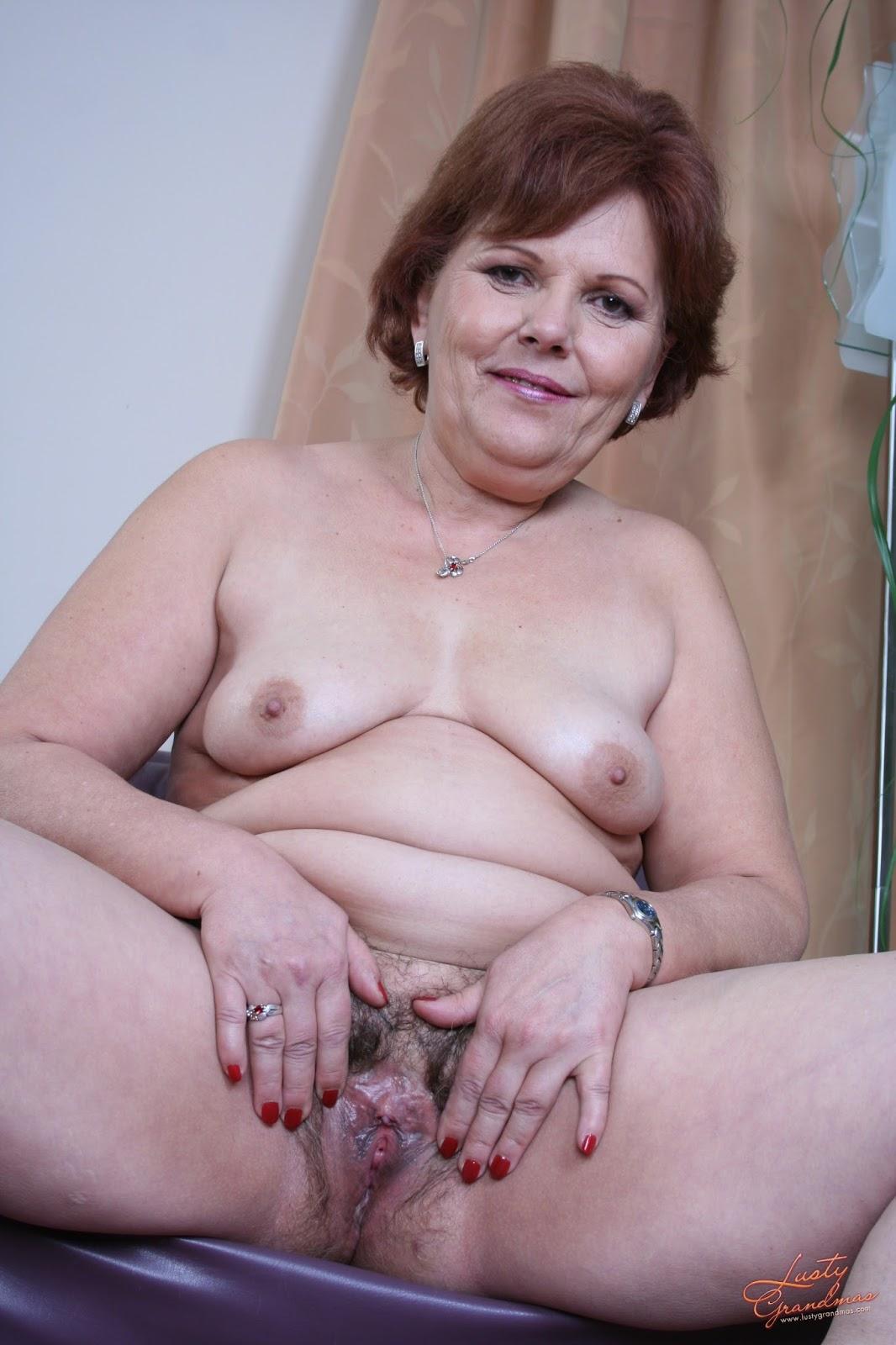 Зрелые порно  Зрелые женщины в порно видео онлайн