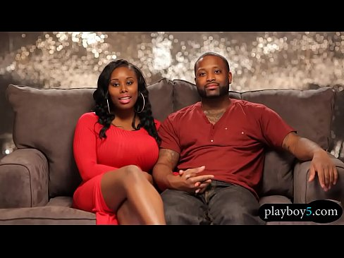 Teen exposing hairy cunt outdoors