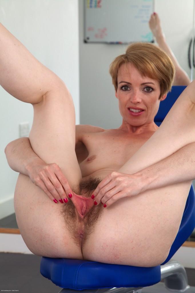 Small girls masturbation tube