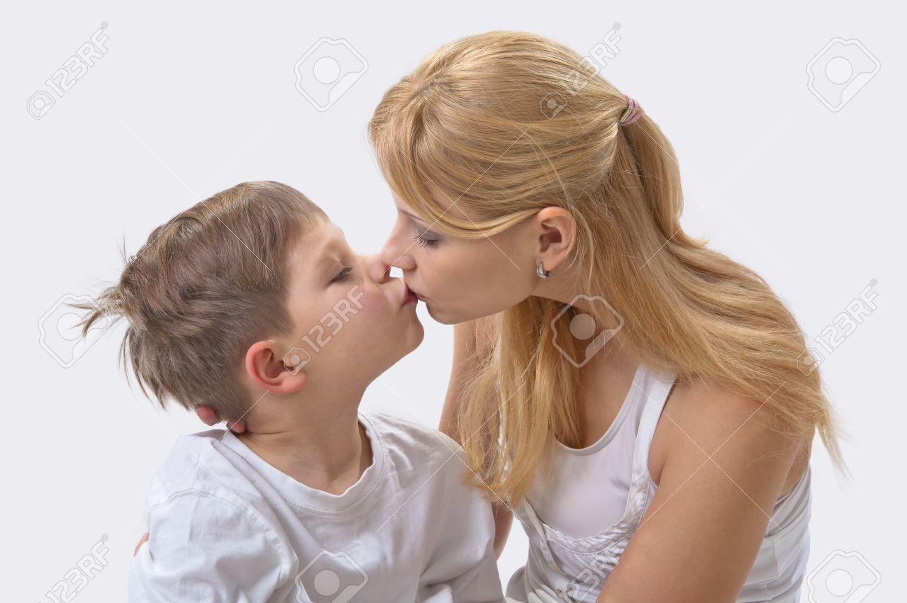 Рассказ как сын поимел маму, Рассказы, истории, о сексе. Мать и сын реальные секс 17 фотография