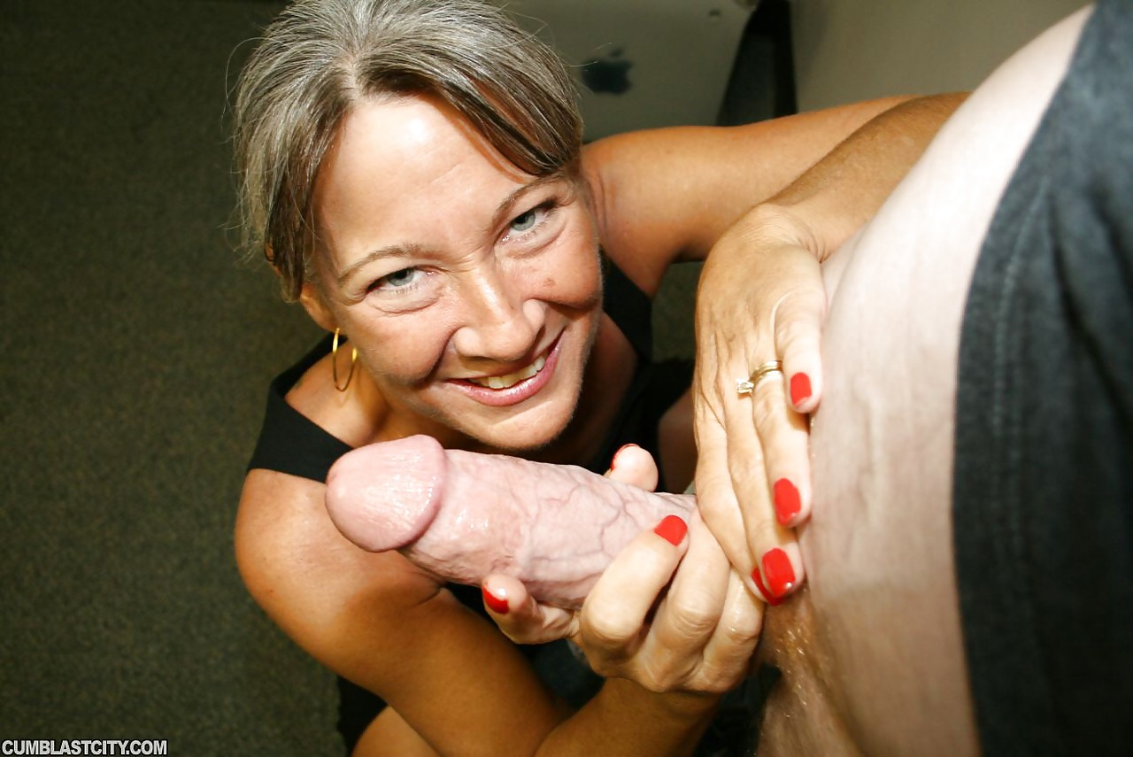 Retro handjob cum on tits