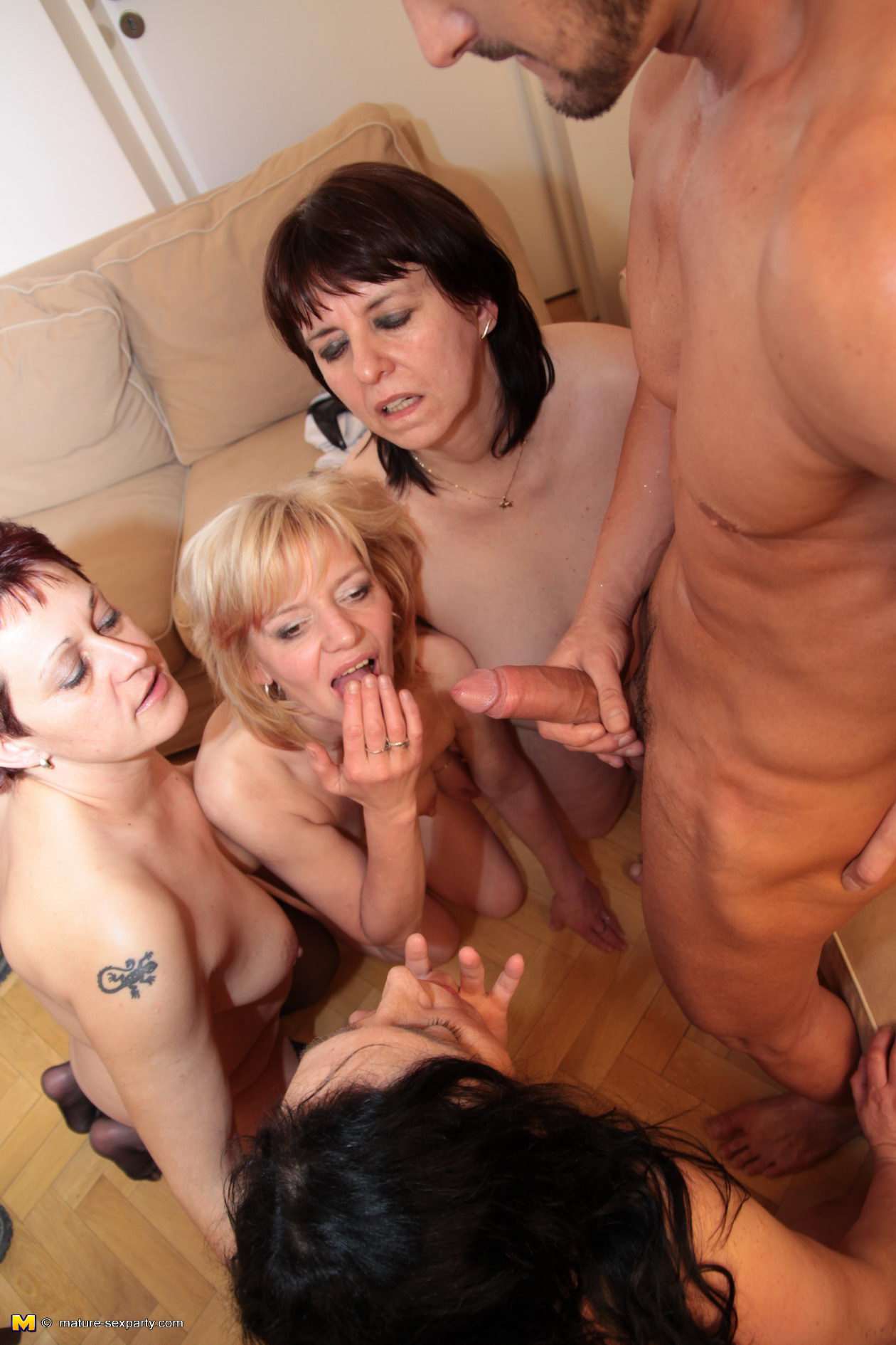 Threesome with wifes friend