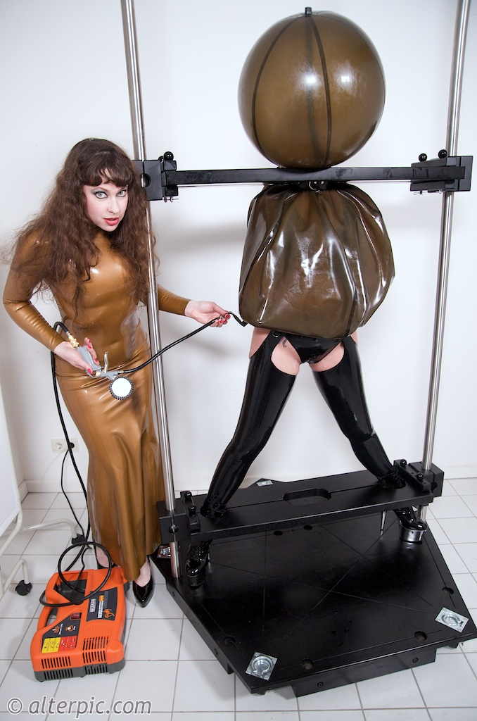 Male bondage humiliation