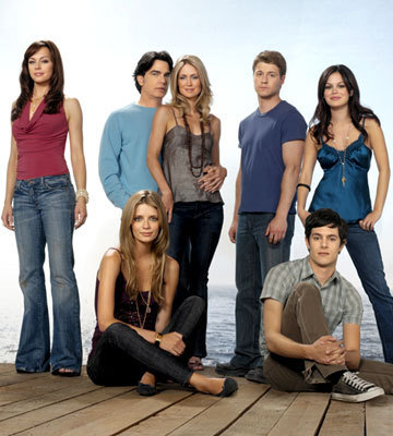 What TV shows or movies are there like The OC?1