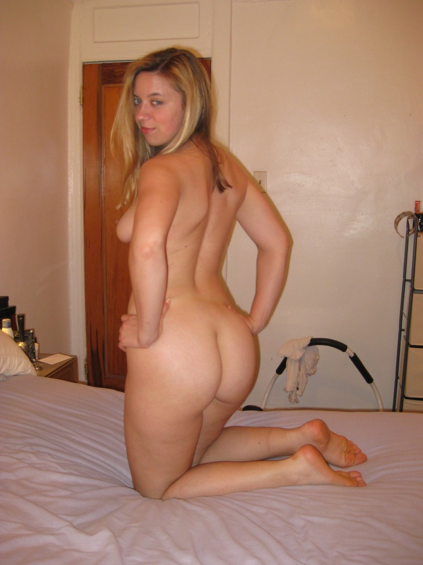 blonde Amateur women naked