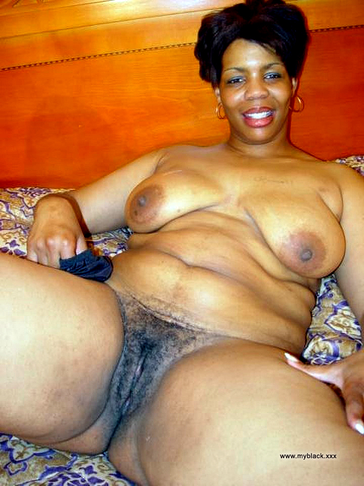 Thick beautiful black woman naked