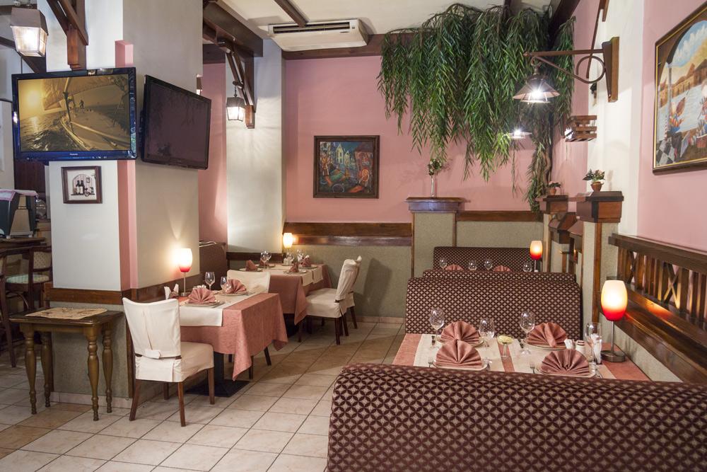 Ресторан Тихая площадь - фотография 9