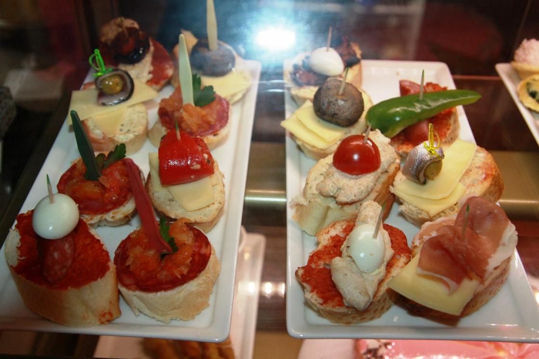 Ресторан Iberia - фотография 1