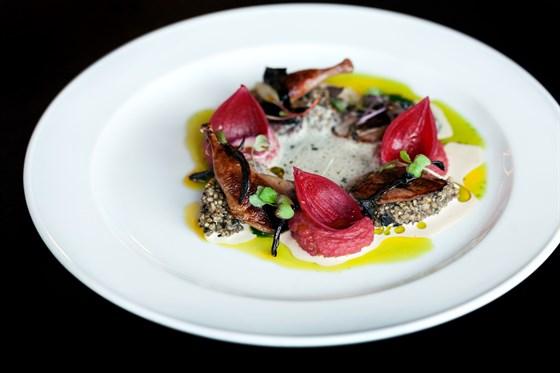 Ресторан Dozari - фотография 8 - Новое меню от Рустама Тангирова в DoZari