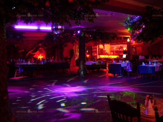 Ресторан Огни Баку - фотография 4 - танцевальная площадка