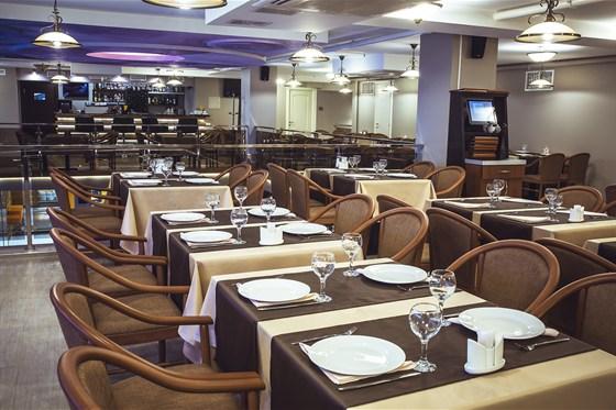 Ресторан Премьера - фотография 4