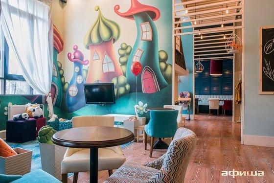Ресторан Free Mamas - фотография 19