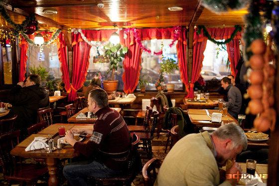 Ресторан Чебуречная - фотография 11