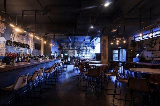 Ресторан One More Beer & Wine - фотография 9