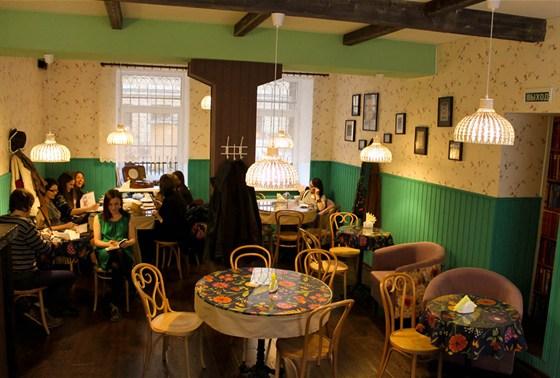 Ресторан Сова - фотография 4 - Основной зал