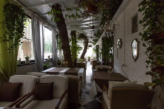 Ресторан O'Jules  - фотография 8 - Терраса