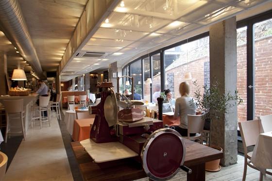 Ресторан Bar Cervetti/Винный рынок на Никитском - фотография 27