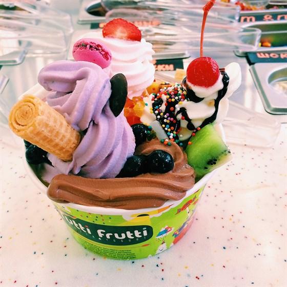 Ресторан Tutti Frutti Frozen Yogurt - фотография 2