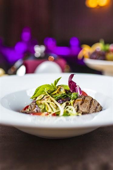 Ресторан Аэрокафе - фотография 8 - Микс гриль с говядиной