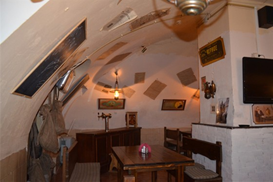 Ресторан Табурет - фотография 15 - Пивной Зал
