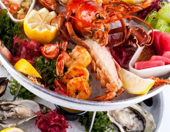 Ресторан Chicago Prime - фотография 12 - Башня из морепродуктов Чикаго Прайм