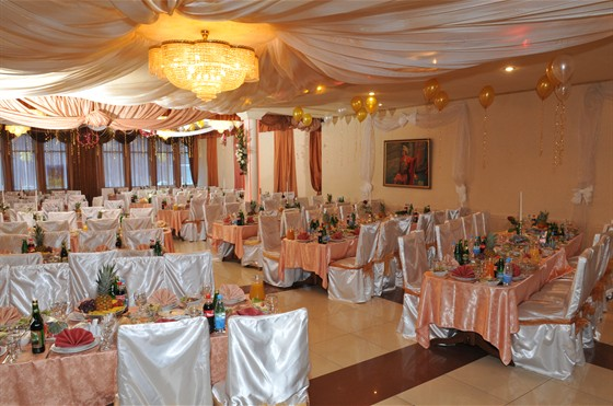 Ресторан Авиньон - фотография 1 - Зал Версаль+Шампань