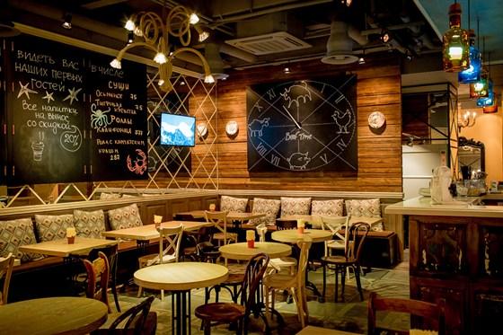 Ресторан Beef Time - фотография 6 - Кафе на первом этаже