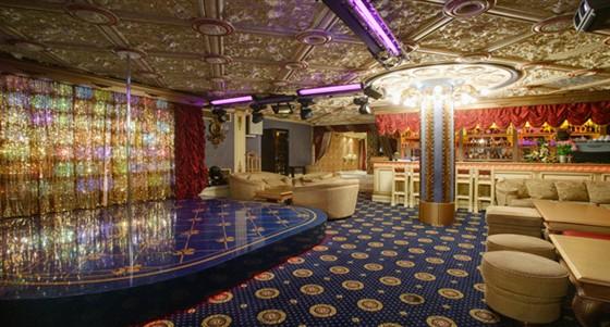 Ресторан Le rouge - фотография 8 - big hall Le Rouge Cabaret