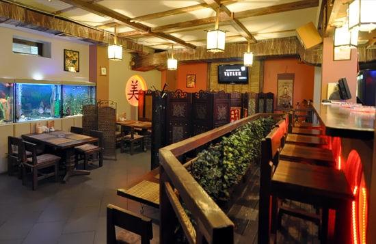 """Ресторан Китайский дворик - фотография 3 - Основной зал ресторана """"Китайский дворик"""""""