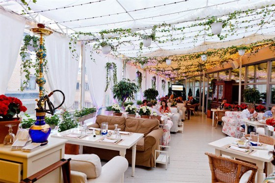 Ресторан Оливетта - фотография 30 - Летняя веранда