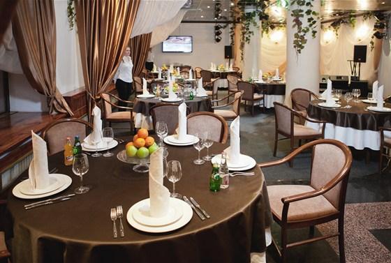 Ресторан Валимар - фотография 2 - Основной зал
