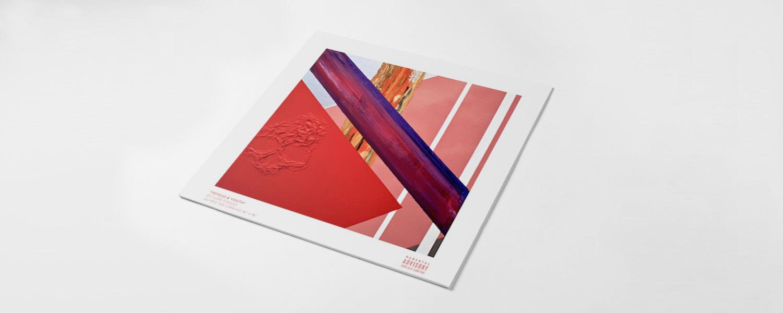 Обложка альбома достаточно прозрачно намекает на то, что думает о нем автор, а именно мыслит его как произведение искусства — не больше и не меньше