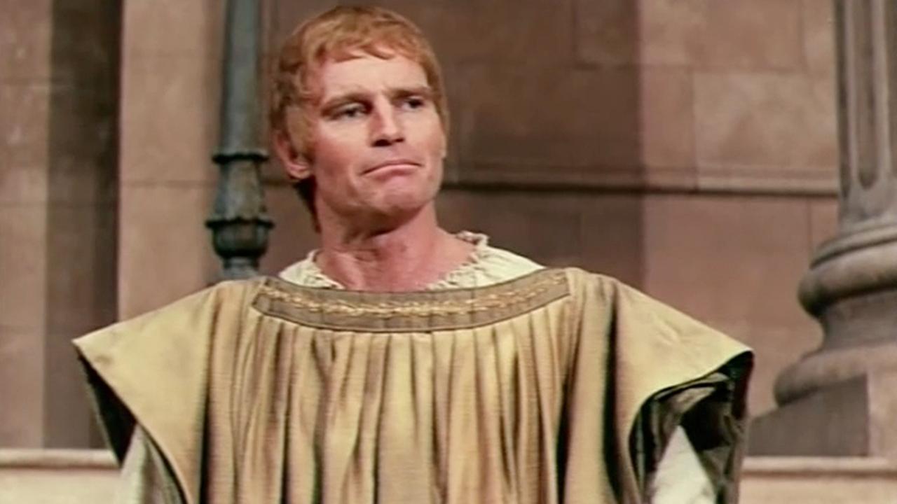 Юлий Цезарь смотреть фото