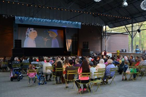 Фото летний кинотеатр в парке «Бабушкинский»
