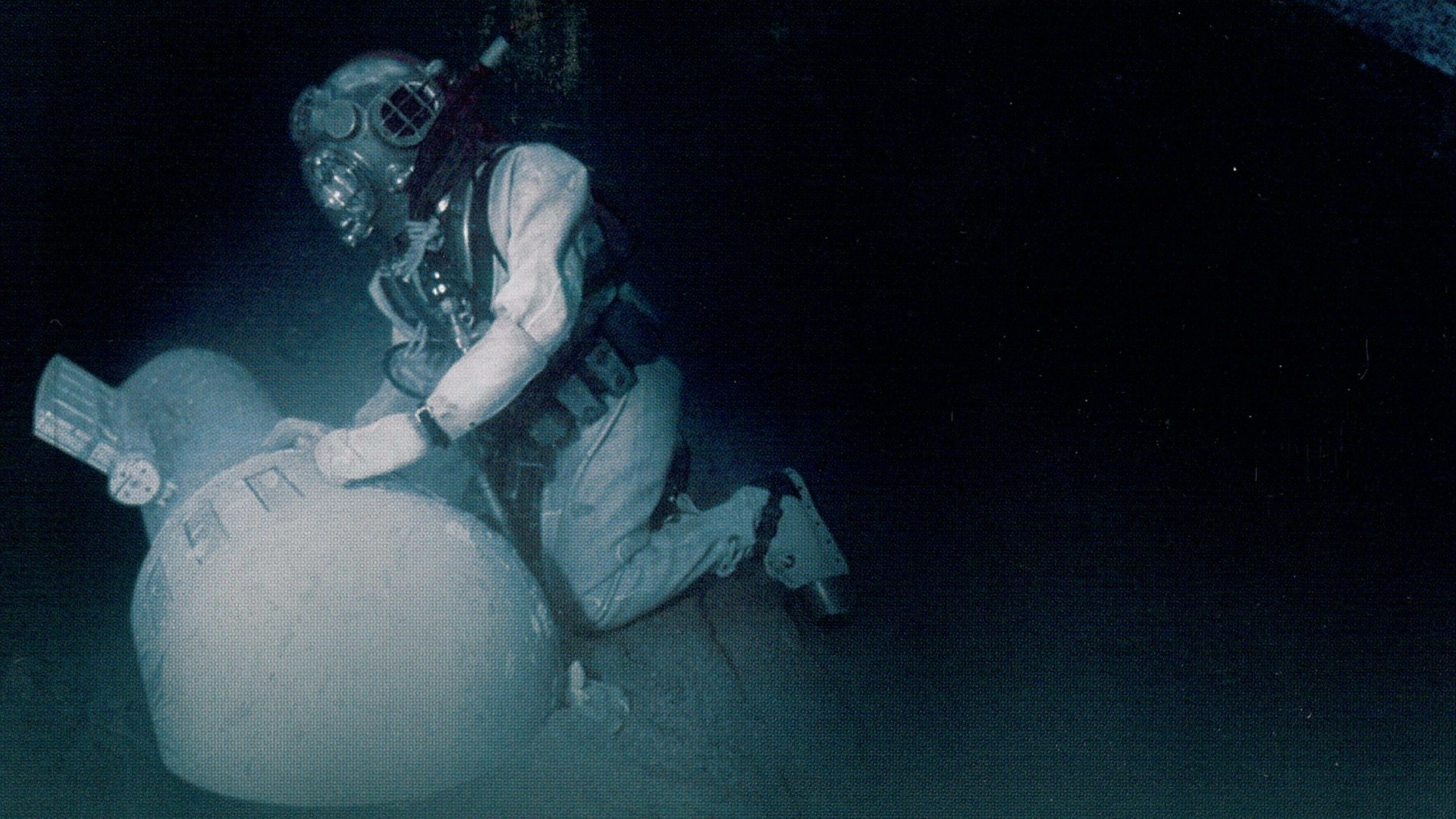 Военный ныряльщик смотреть фото