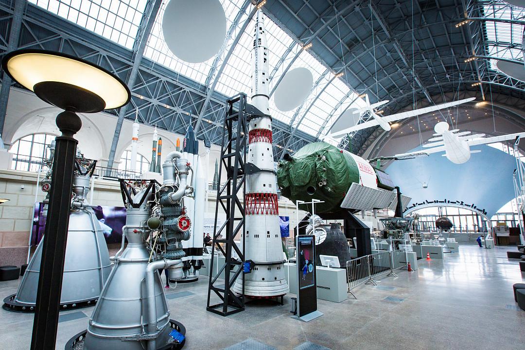 Космонавтика и авиация смотреть фото