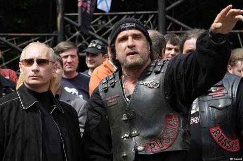 Александр «Хирург» Залдостанов с Владимиром Путиным