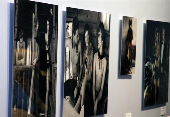 Лучшие фотографии России-2008 - Выставки - Афиша: https://www.afisha.ru/exhibition/53507/