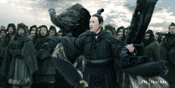 Лу И (Yi Lu)