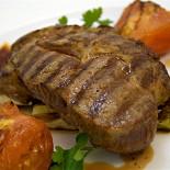 Ресторан Benvenuti - фотография 4 - Свиной стейк, хоть это и не возможно, но крайне вкусно!