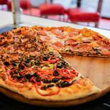 Ресторан Corneli Pizza - фотография 3