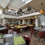 Ресторан La famiglia - фотография 1
