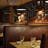Ресторан Хоум - фотография 5 - Диванчики